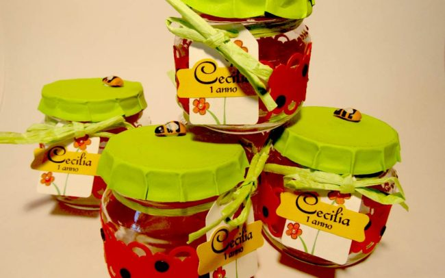 Barattolini party favor fragola decorati a mano con carta e accessori