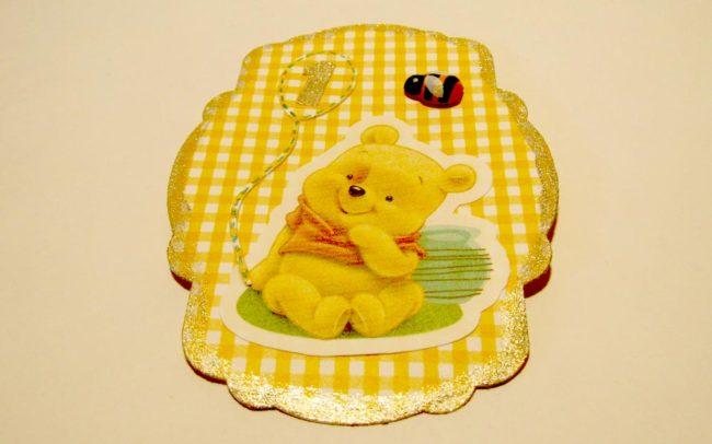 Biglietto auguri Winnie realizzato e decorato a mano